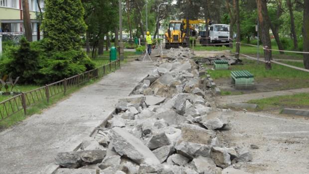 Remont drogi Torun | Prace drogowe przy DS 8 | Wymiana rur Torun | Wymiana rur na Bielanach