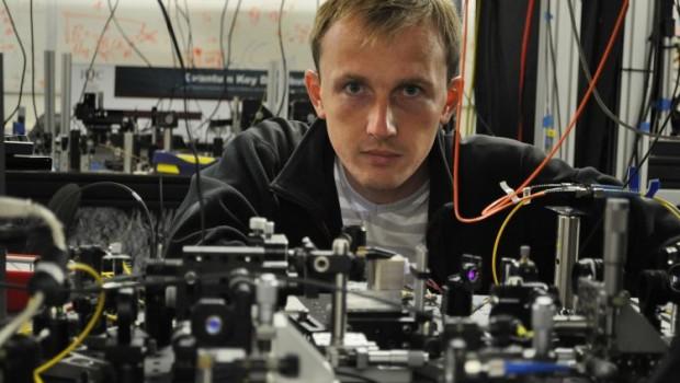Dr Piotr Kolenderski z Instytutu Fizyki UMK został laureatem programu Fundacji na Rzecz Nauki Polskiej Homing Plus.