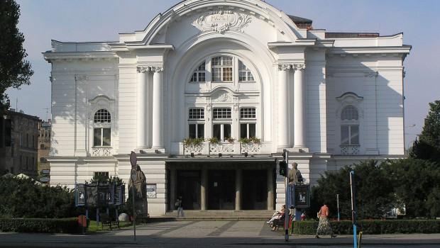 1280px-Torun_Teatr_im_Wilama_Horzycy_fasada