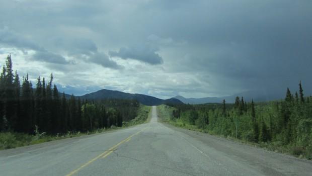 Alaska_Highway_km_1446