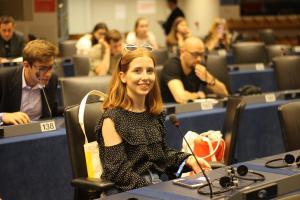 Studentka UMK podczas jednego z wydarzeń organizowanych w ramach European Youth Event.fot. Milena Szczęsna
